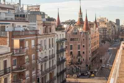 Отремонтированный пентхаус в центре Барселоны